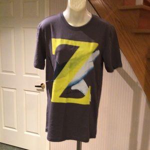 NWOT Men's grey graphic design t- shirt.